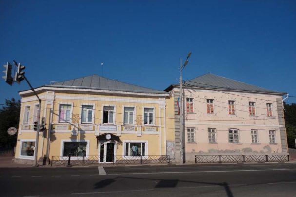 В Ярославской области здание XIX века признали памятником архитектуры: чем оно знаменито