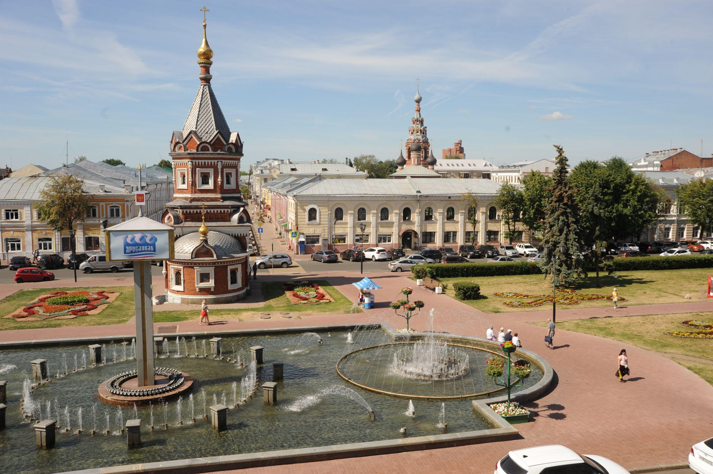 Дмитрий Миронов поручил разобраться со строительством кинотеатра в центре Ярославля