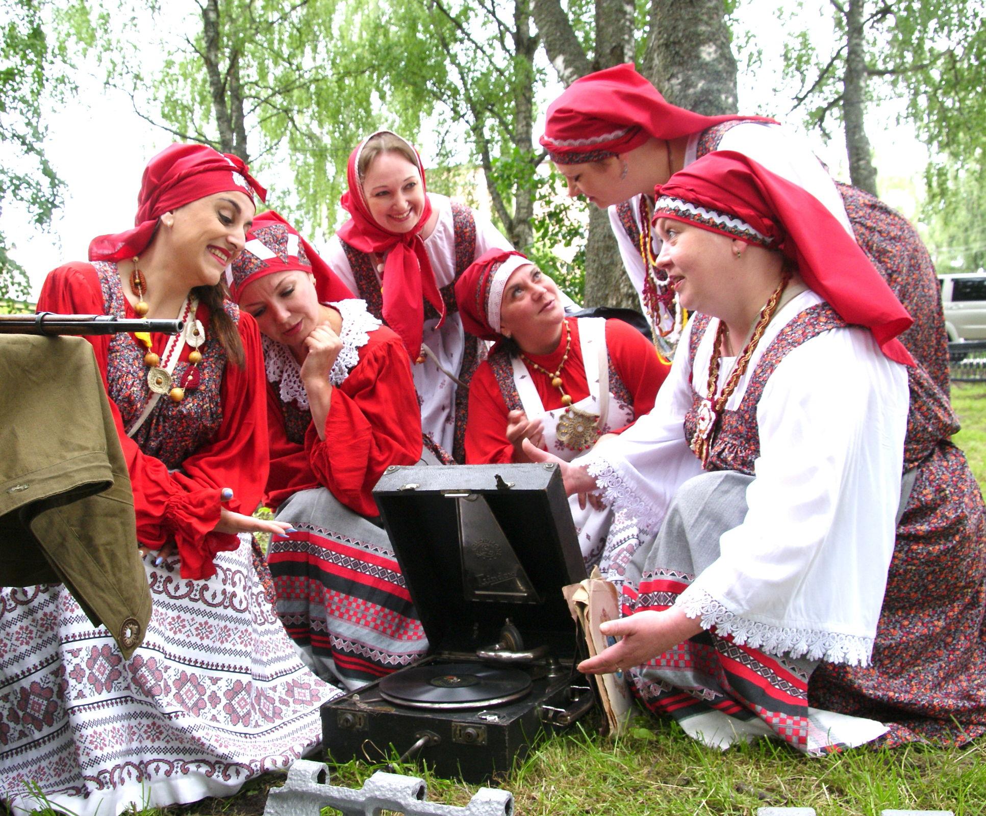 Как под Ярославлем отметили юбилей маршала Толбухина: фоторепортаж