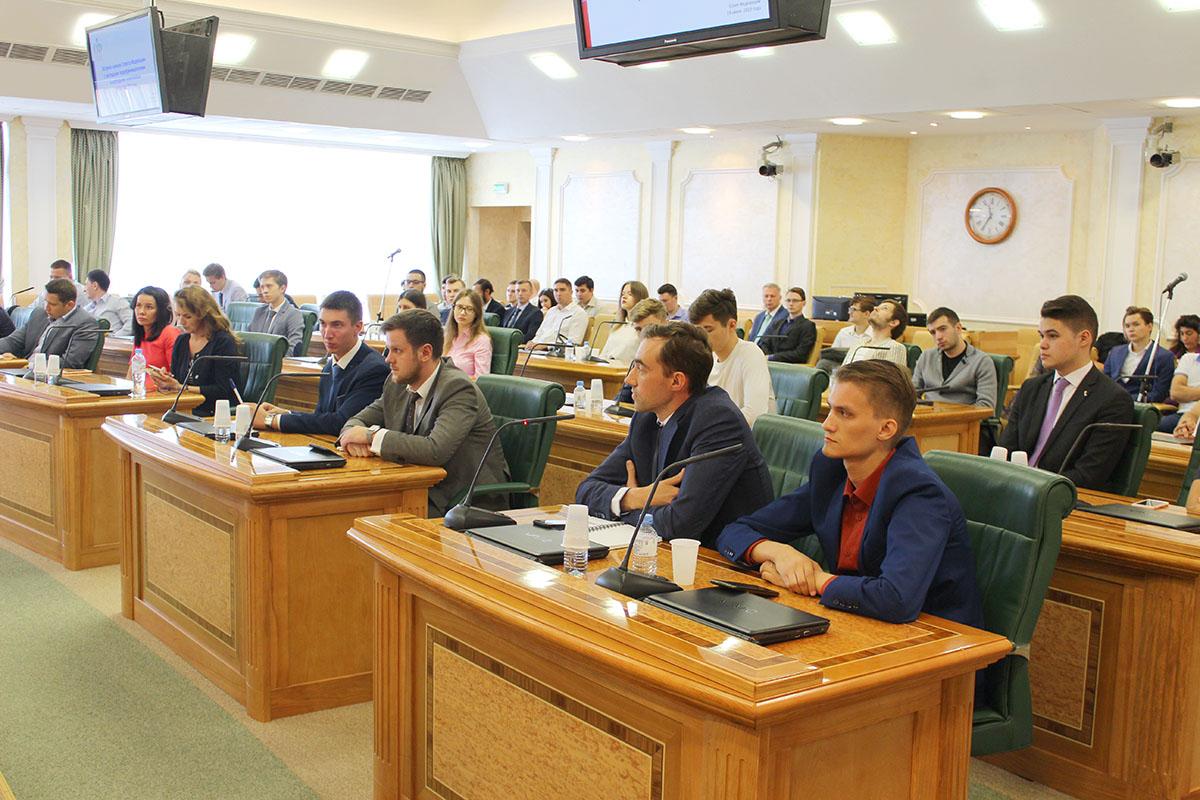 Ярославские предприниматели обсудили проекты с членами Совета Федерации