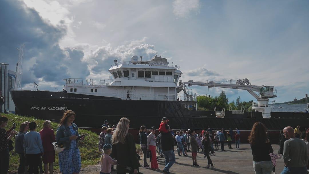 Рыбинский завод построил самое большое судно в своей истории