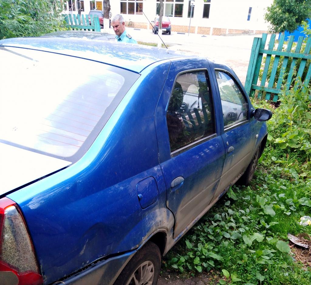 В Ярославской области у таксиста за долги арестовали автомобиль