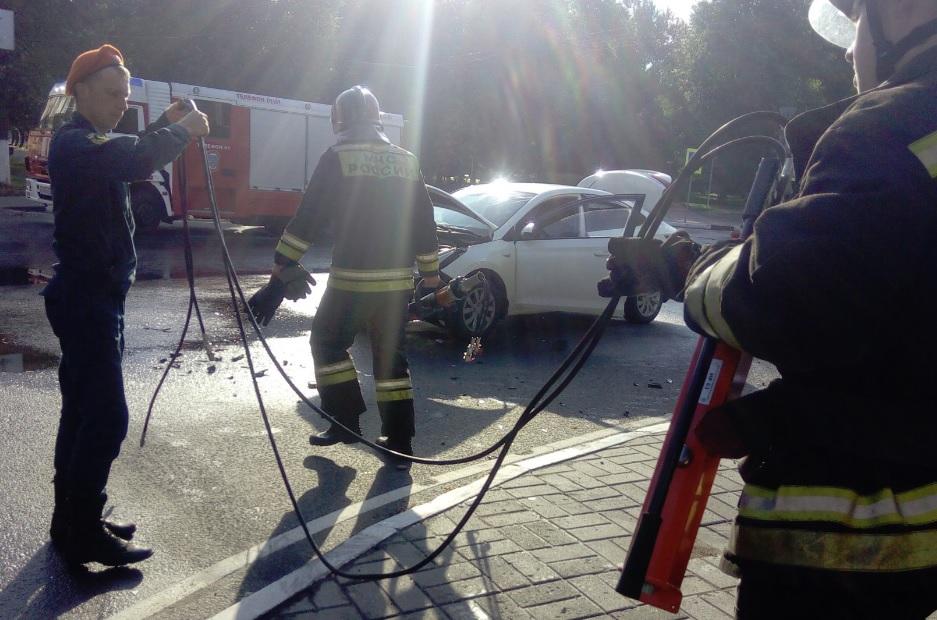 В ДТП на проспекте Ленина в Ярославле пострадали три женщины