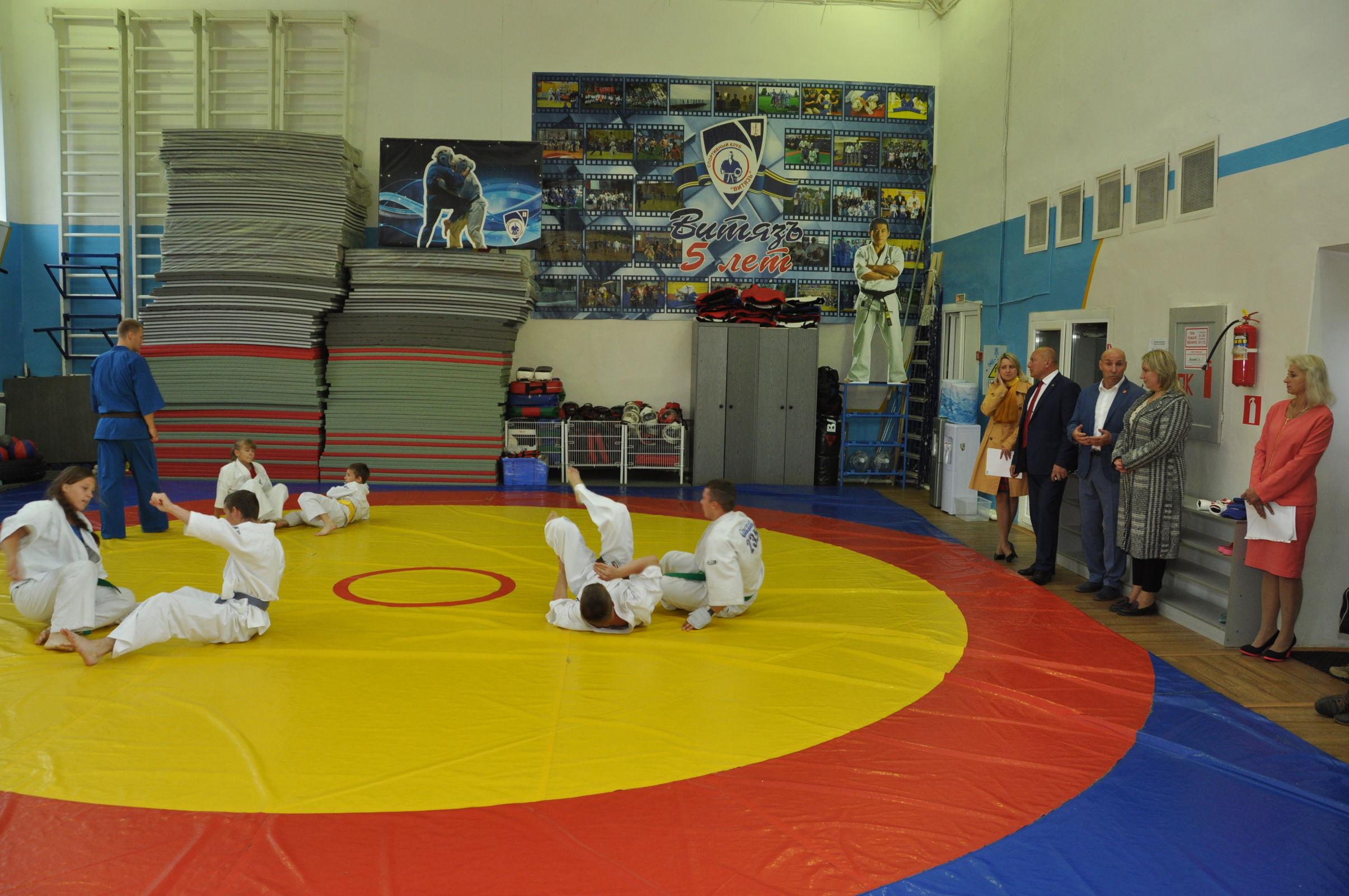 На средства гранта приобрели инвентарь для единственной в стране профилирующей спортшколы по кудо