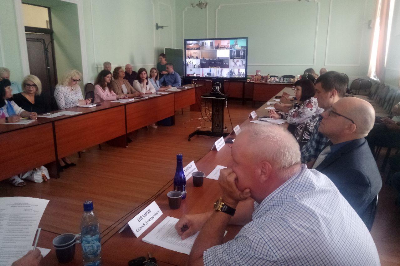 Ярославским представителям системы соцпитания рассказали о новых брендах