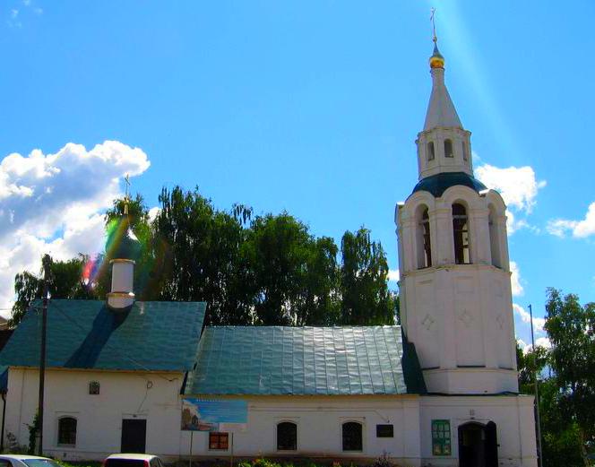 Ярославского алиментщика отправили на обязательные работы в церковь