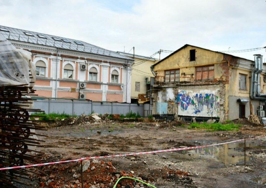 Строительство кинотеатра в центре Ярославля приостановлено