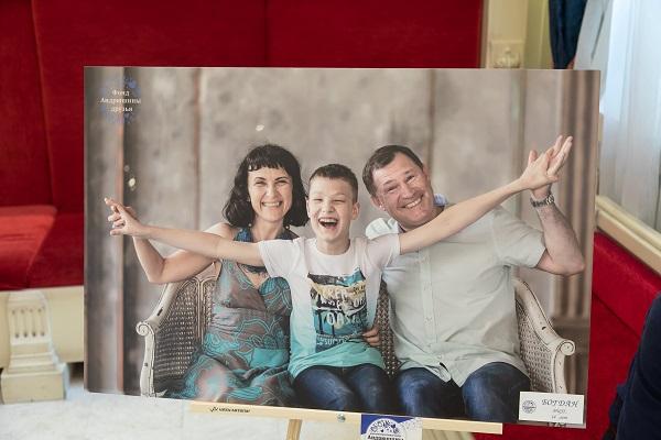 Ярославцы показали стране, как надо любить. Посетители выставки про особенных детей не сдержали слез