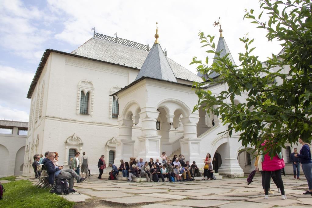 Фестиваль ростовской финифти и народных промыслов собрал более 5 тысяч гостей