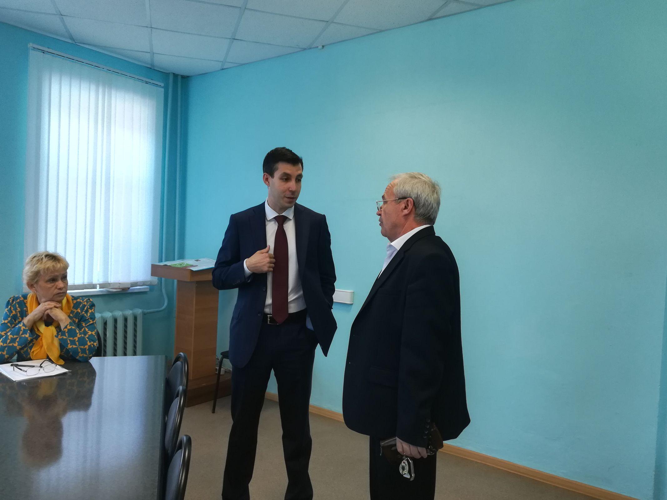 Директор департамента здравоохранения Руслан Саитгареев провел личный прием граждан