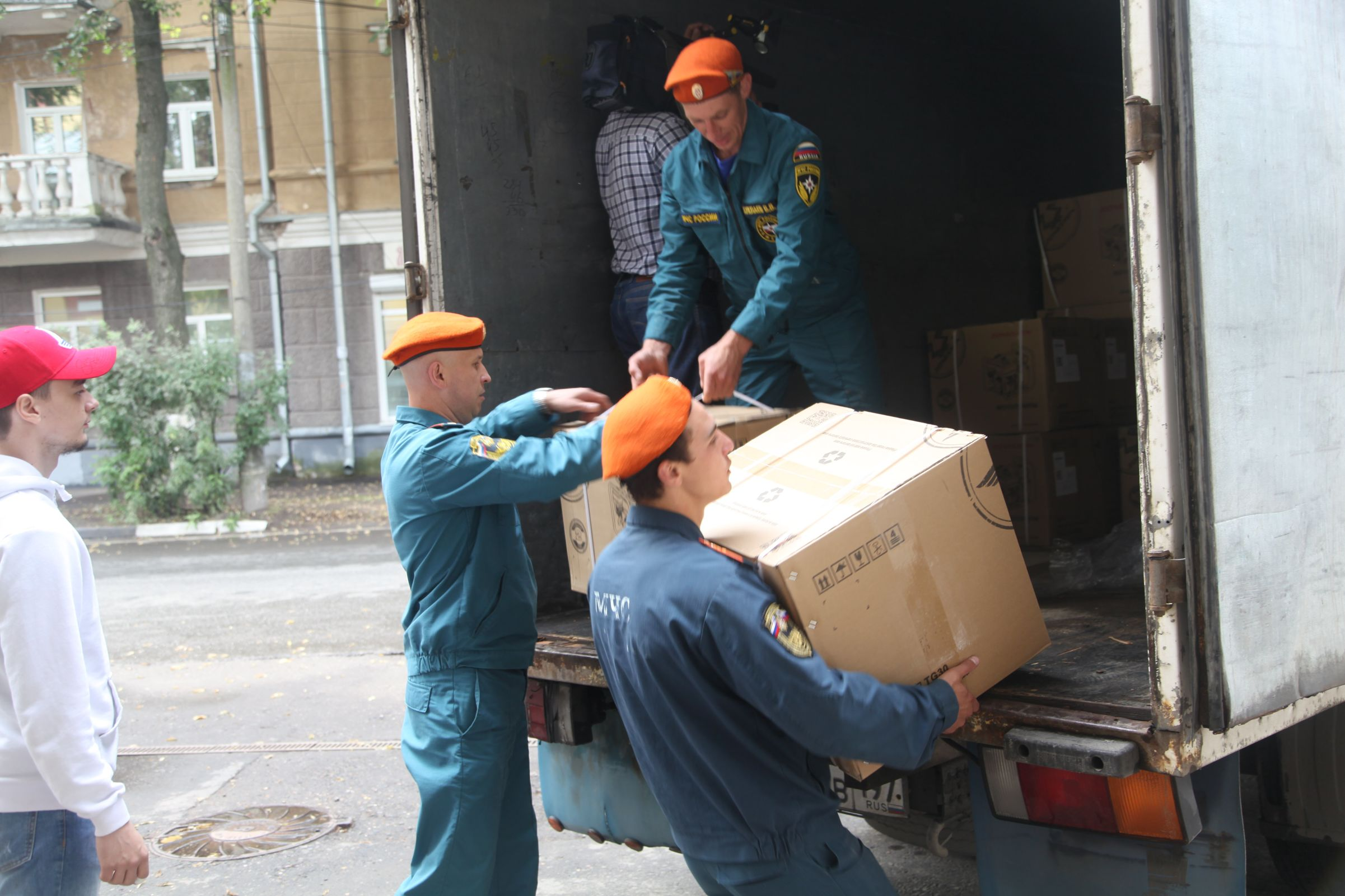 В Ярославле начался централизованный сбор гуманитарной помощи для пострадавших от паводка в Иркутской области