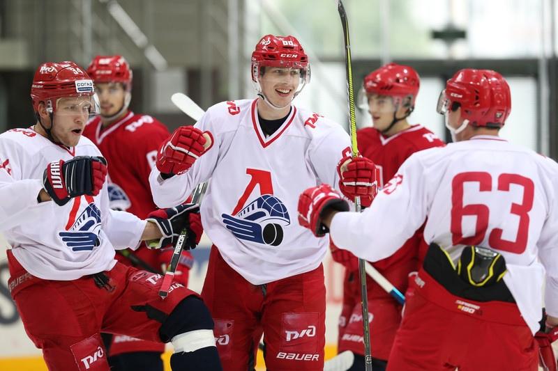 «Локомотив» провел открытый двусторонний матч