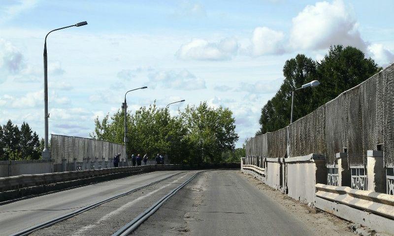 Дамбу-шлюз в Рыбинске досрочно открыли для транспорта