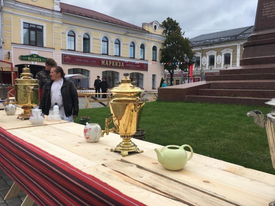 Фестиваль бурлаков, гонки на гидроскутерах и театрализованное шествие: как в Рыбинске отметили День города