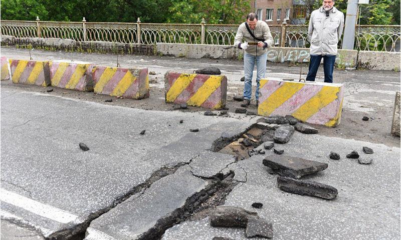 Добрынинский мост отремонтируют к концу октября следующего года
