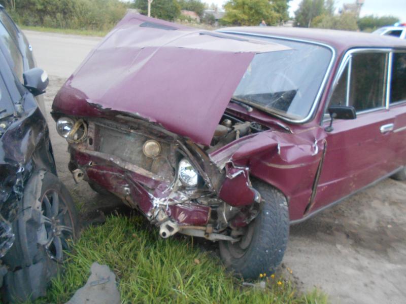 В крупном ДТП в Ярославской области три человека получили травмы