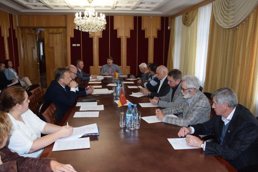 В Ярославле обсудили судьбу здания речного вокзала