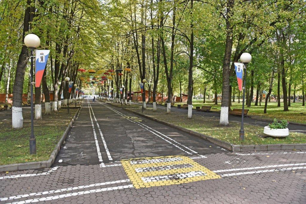 В Ярославле началось благоустройство двух парков по программе «Решаем вместе!»