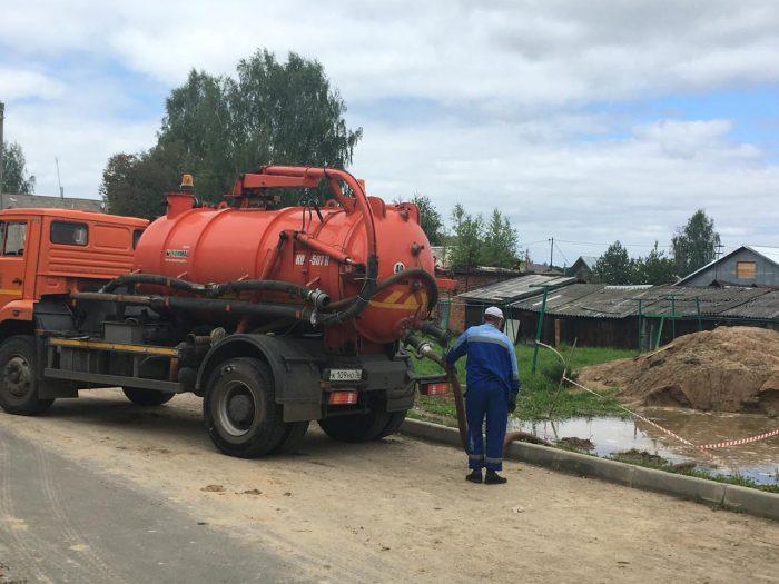 В Ярославской области ликвидируют последствия большого потопа: кадры