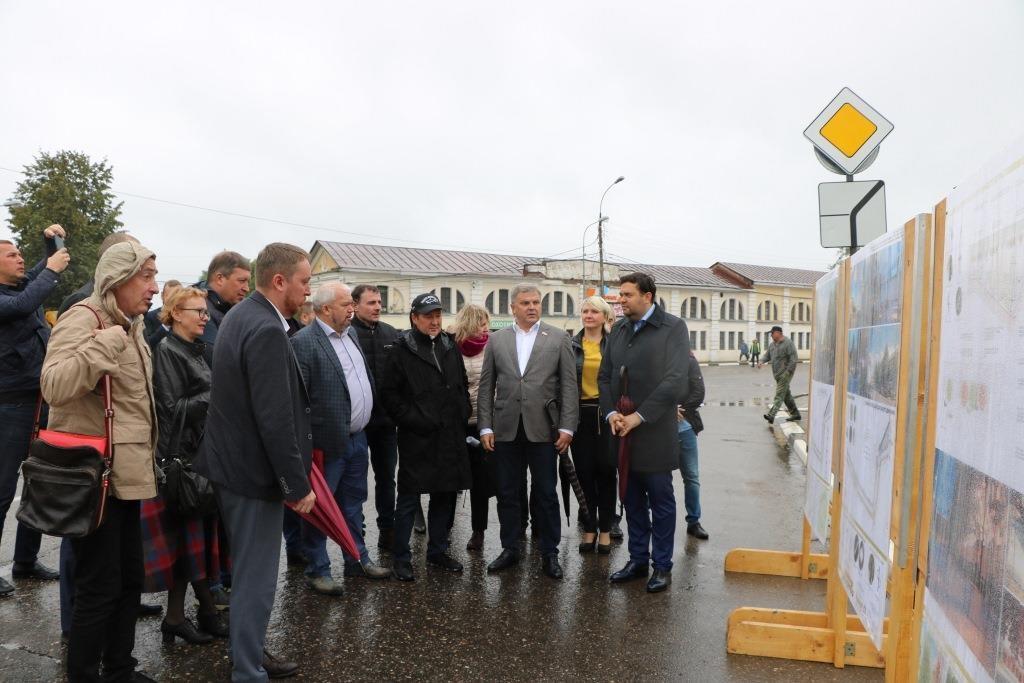 Заместитель министра строительства РФ посетил Ярославскую область