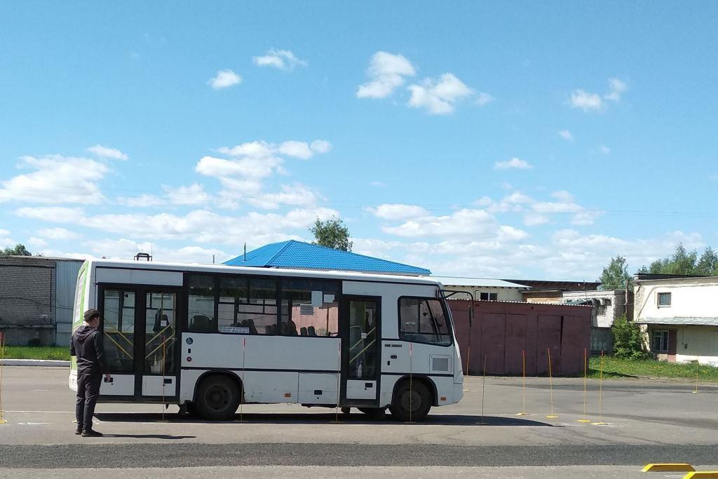 Движение автобусов в аэропорт Туношна скорректировали с учетом расписания авиарейсов