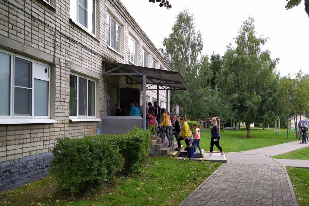 По распоряжению Дмитрия Миронова на размещение детей из Иркутской области выделено 1,2 миллиона