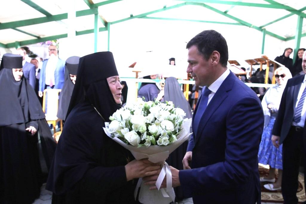 Дмитрий Миронов принял участие в праздновании 705-летия основания Толгского женского монастыря
