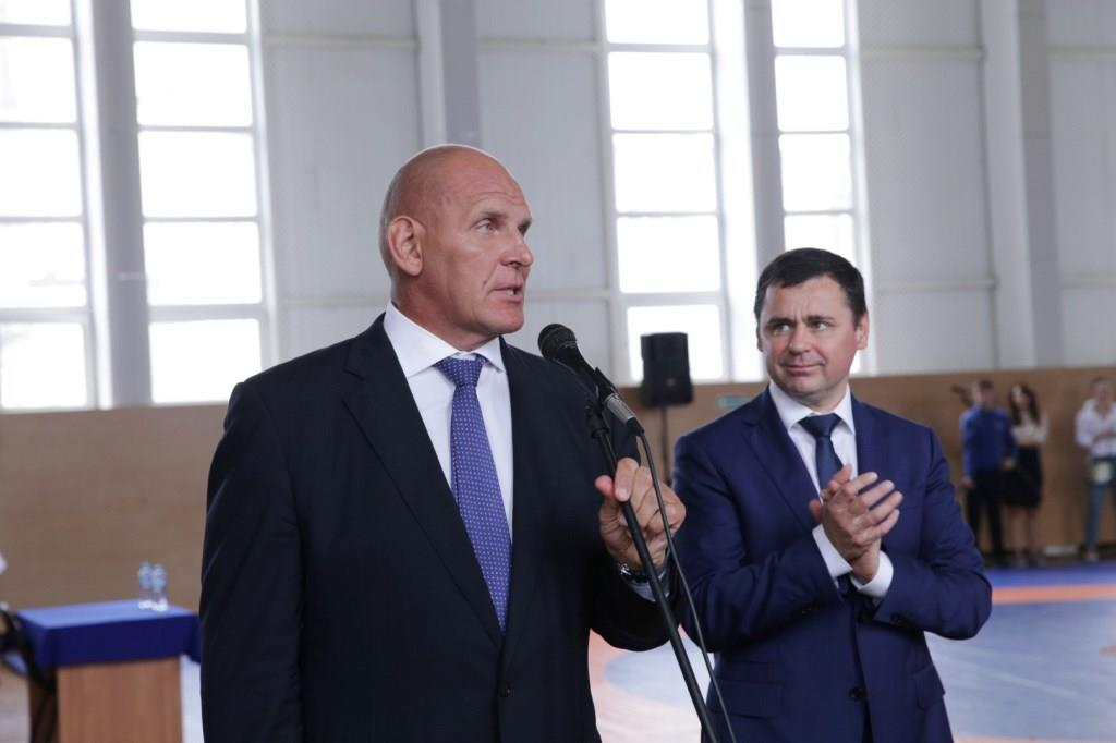 Дмитрий Миронов и Александр Карелин приняли участие в церемонии открытия зала спортивной борьбы в Туношне