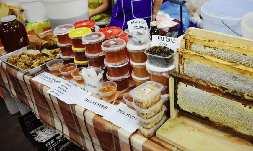 Остерегайтесь подделок: ярославские пчеловоды назвали виды меда, которого не существует