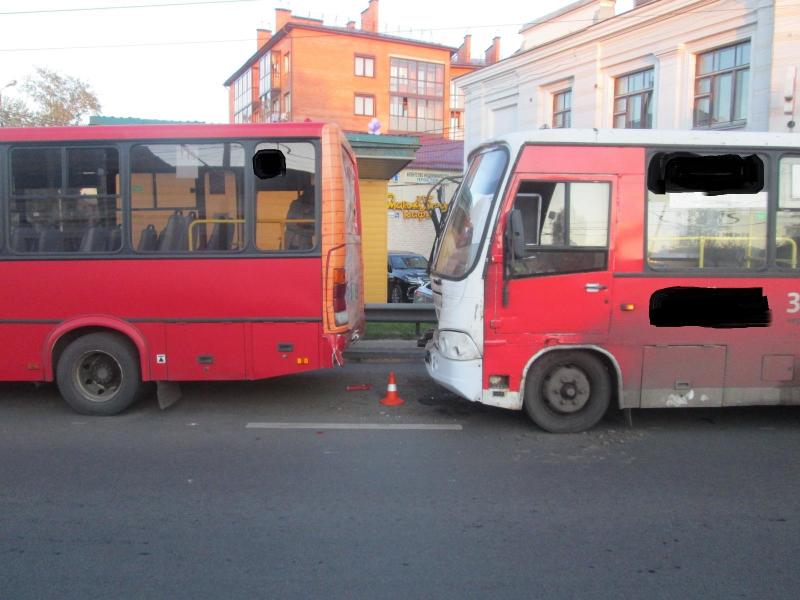 Стали известны подробности ДТП с маршрутками на Московском проспекте: пострадали девять человек