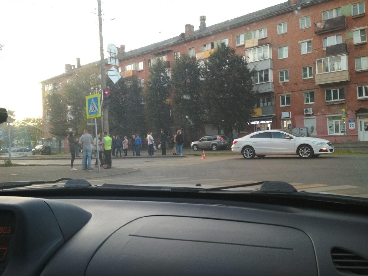В Ярославле иномарка на переходе сбила 12-летнего мальчика