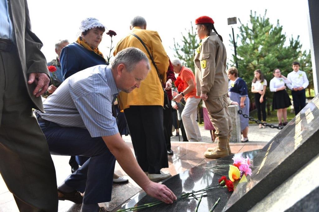 В годовщину начала блокады Ленинграда в Ярославской области прошли памятные митинги