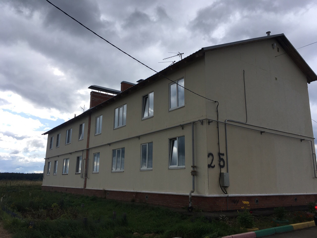 Дети-сироты из Борисоглебского района могут получить квартиры в других домах