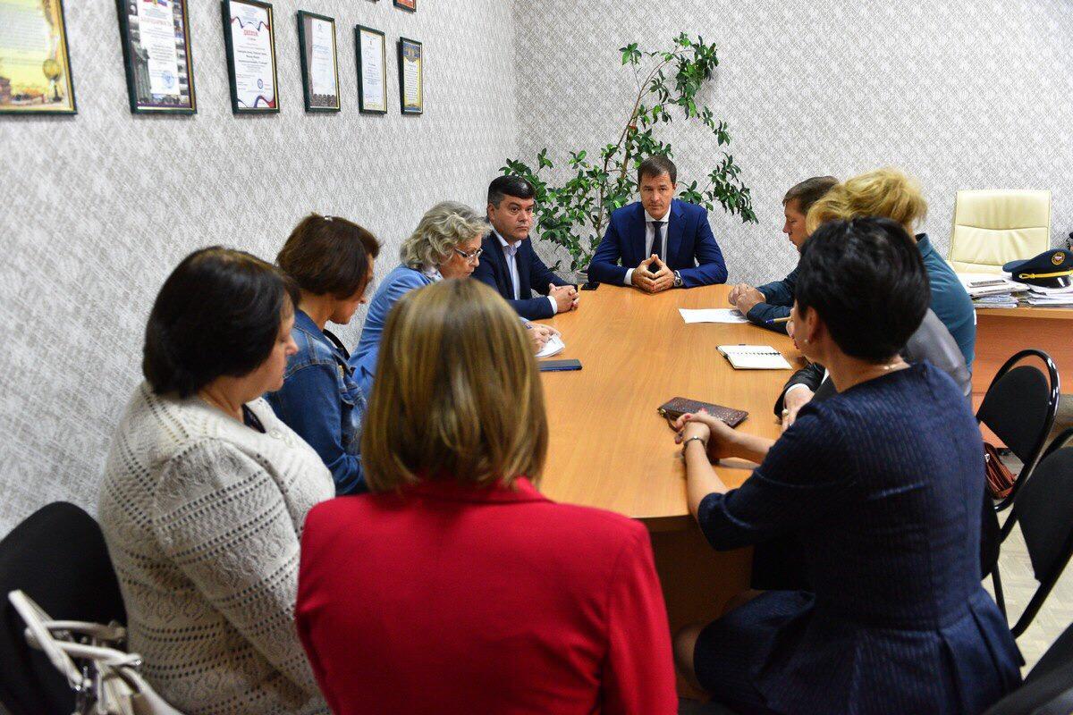 Мэр Ярославля поручил оперативно отремонтировать школьный класс после пожара