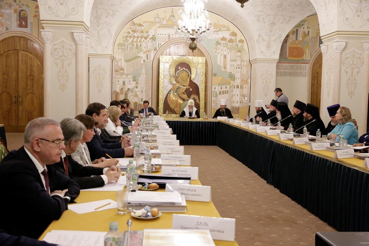 В честь 800-летия со дня рождения Александра Невского в регионе обновят памятники культуры – Миронов