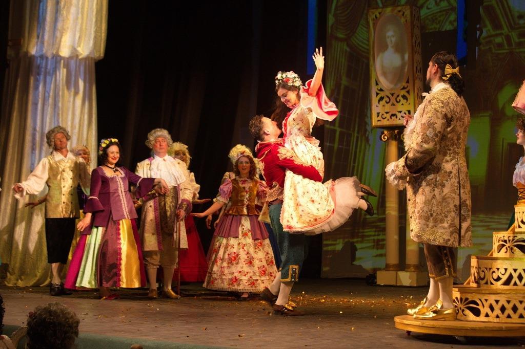 Рыбинский драматический театр открыл 195-й сезон премьерным показом спектакля «Женитьба Фигаро»