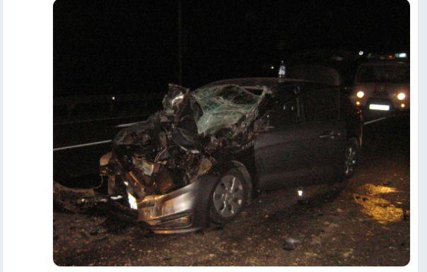 В Ярославской области иномарка на перекрестке въехала в УАЗ: пострадал водитель