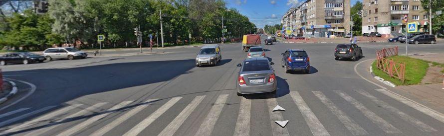 В Ярославле подросток попал под колеса автобуса