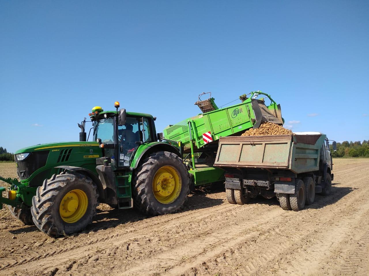 Ярославские сельхозпредприятия приобрели современную технику на 600 миллионов рублей