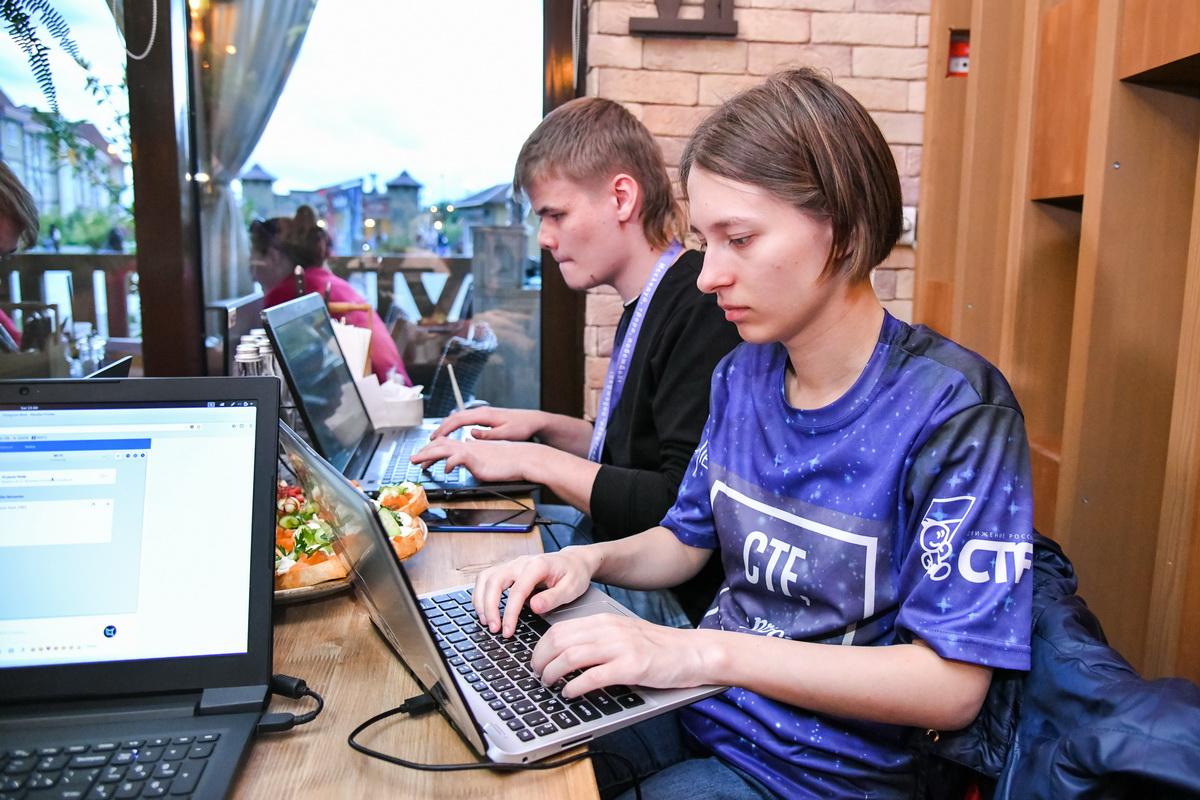 Образовательная программа по кибербезопасности в «Сириусе» завершилась уникальным соревнованием