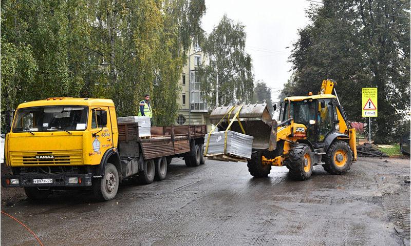 Мэр Ярославля запретит деятельность в городе подрядчику, ремонтирующему улицу Республиканскую