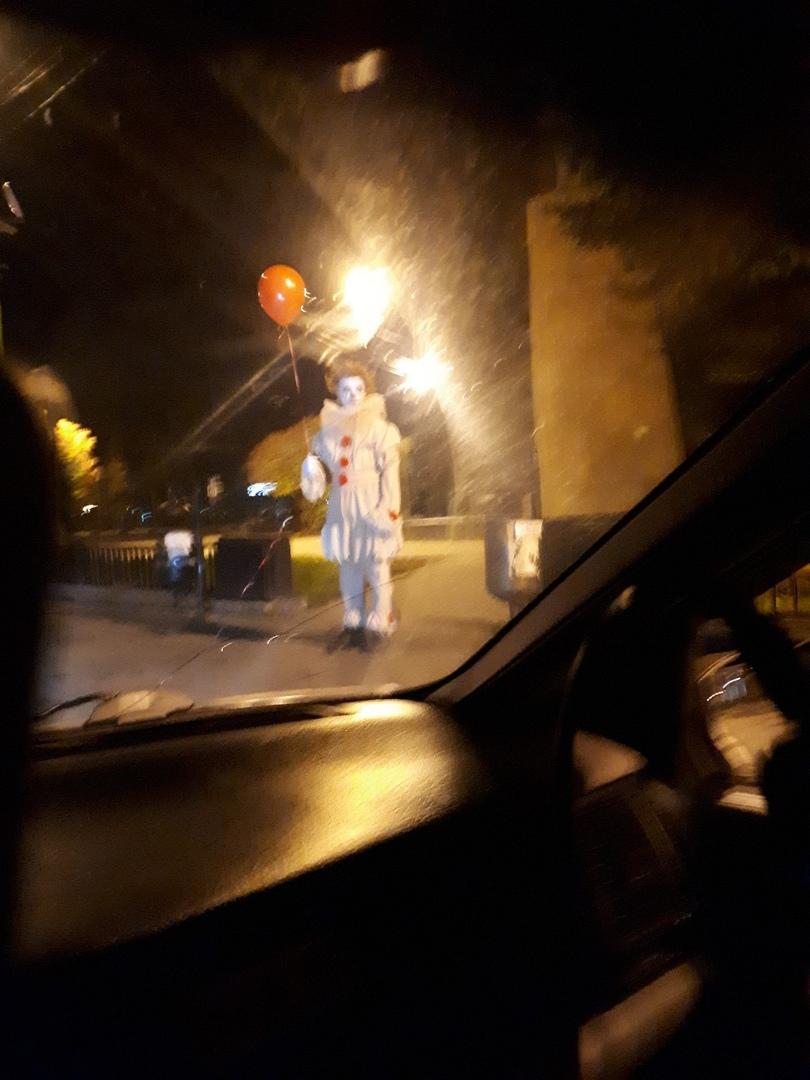 Оно в Ярославле: на улицах города в полночь увидели зловещего клоуна