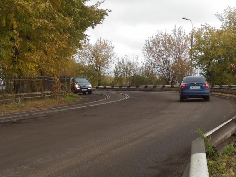 В Рыбинске начался ремонт дороги на дамбе-шлюз