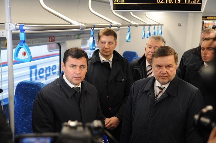 Губернатор посетил выставку железнодорожной техники на Ярославле-Главном