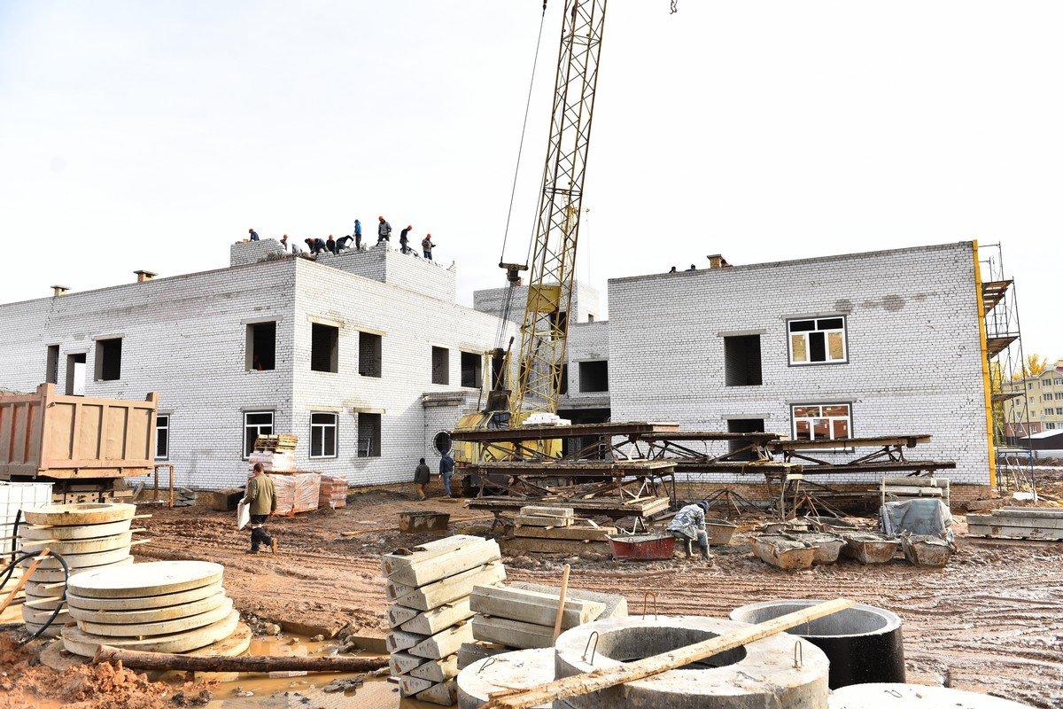 Новый детсад в Дзержинском районе Ярославля достроят летом следующего года