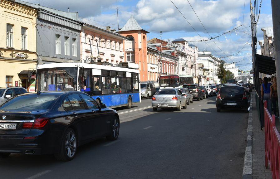 На улице Свободы в Ярославле ограничат стоянку