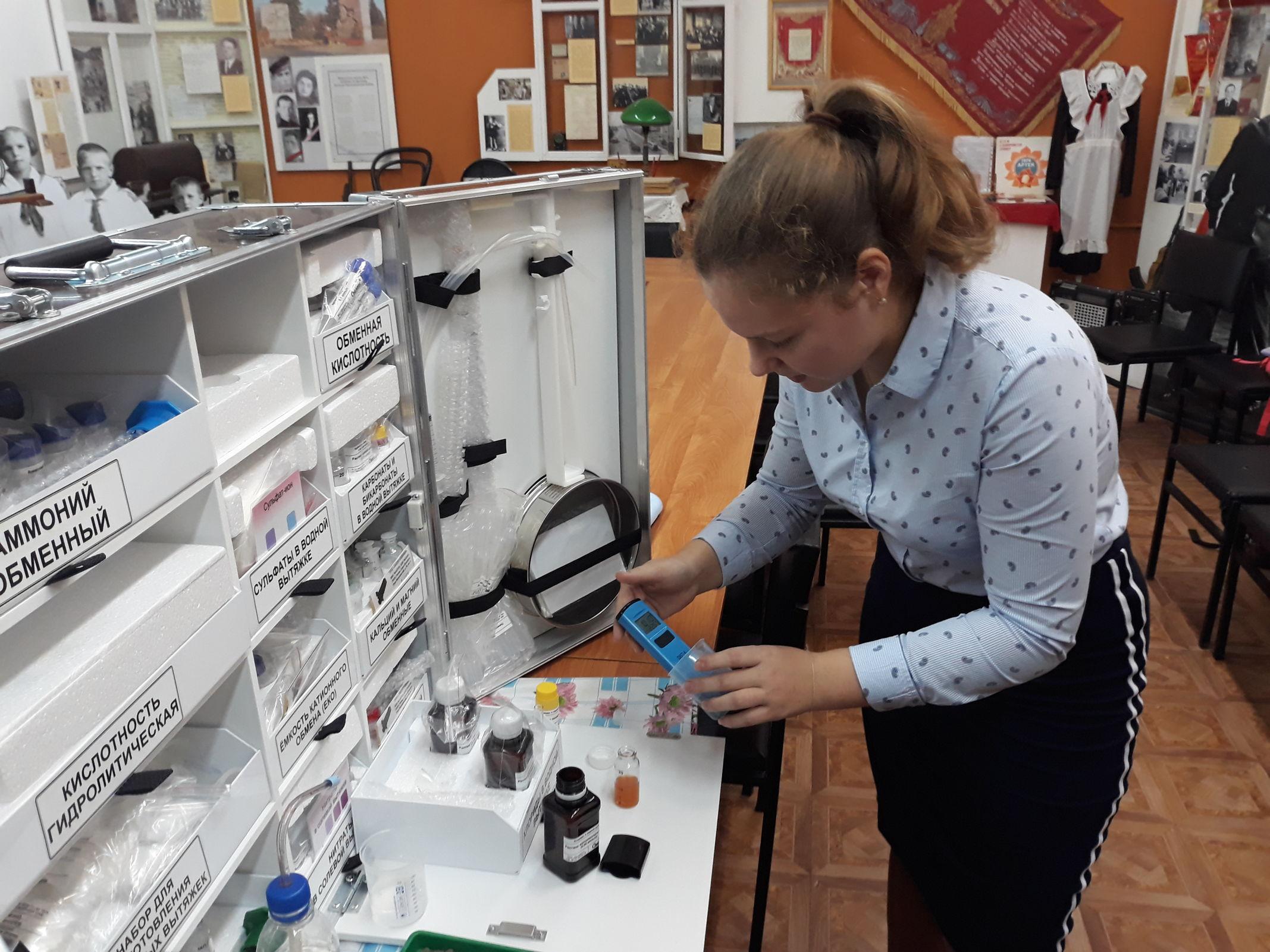 В семи школах Ярославской области открылись научно-технические лаборатории с современным оборудованием