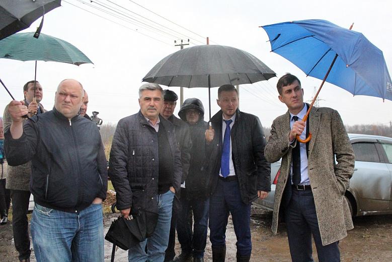 Власти Ярославля сообщили, когда сделают дороги на Осташинском кладбище