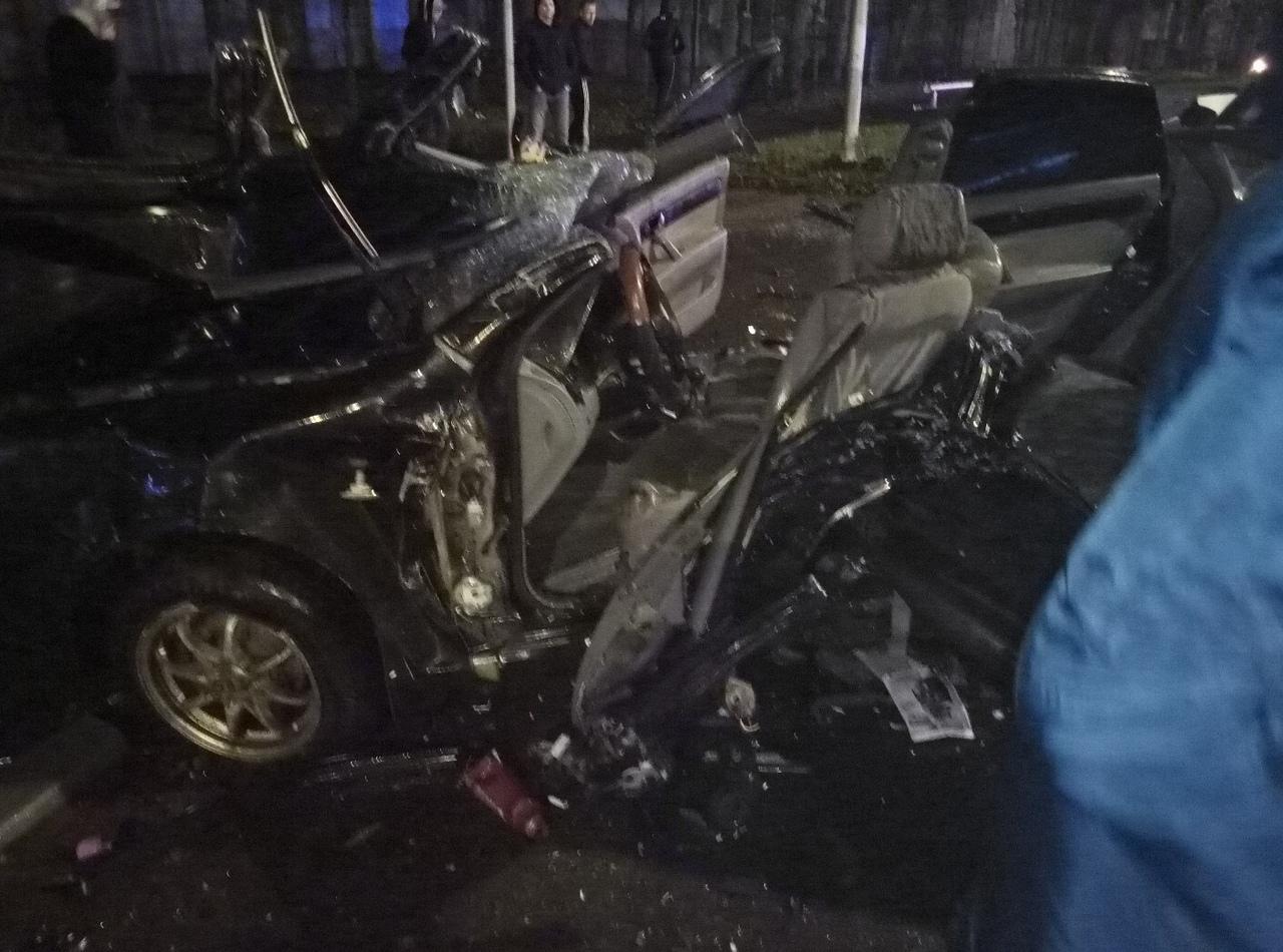 В аварии в Рыбинске погибла женщина-водитель, четыре человека пострадали