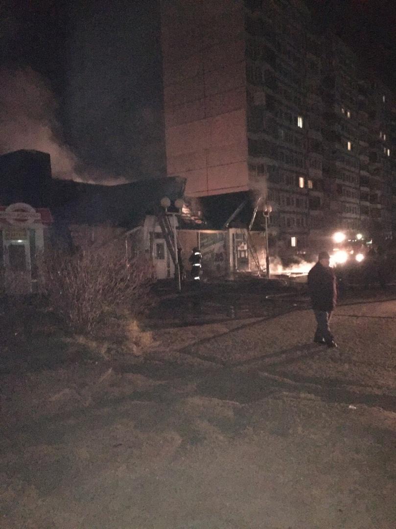 «Трезвый Ярославль»: в Брагине горели алкомаркет и два продуктовых магазина